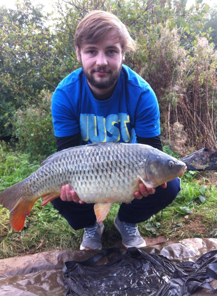 A photo of Toey with his awesome carp.
